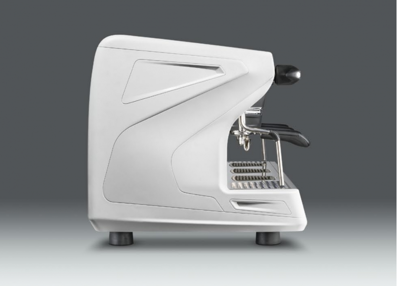 This image is a side view of the Rancilio Classe 7 espresso machine in Ice White, with 3 groups at traditional height with USB volumetric dosing.
